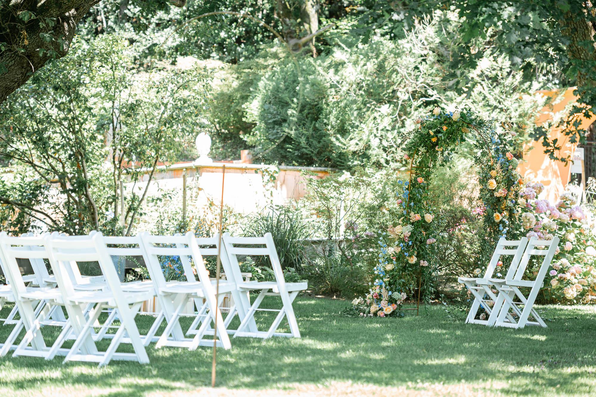 Mariage dans les jardins de l'Hotel à Saint Jean de Luz, Le Chantaco, Pays basque, côte basque Cérémonie en extérieur