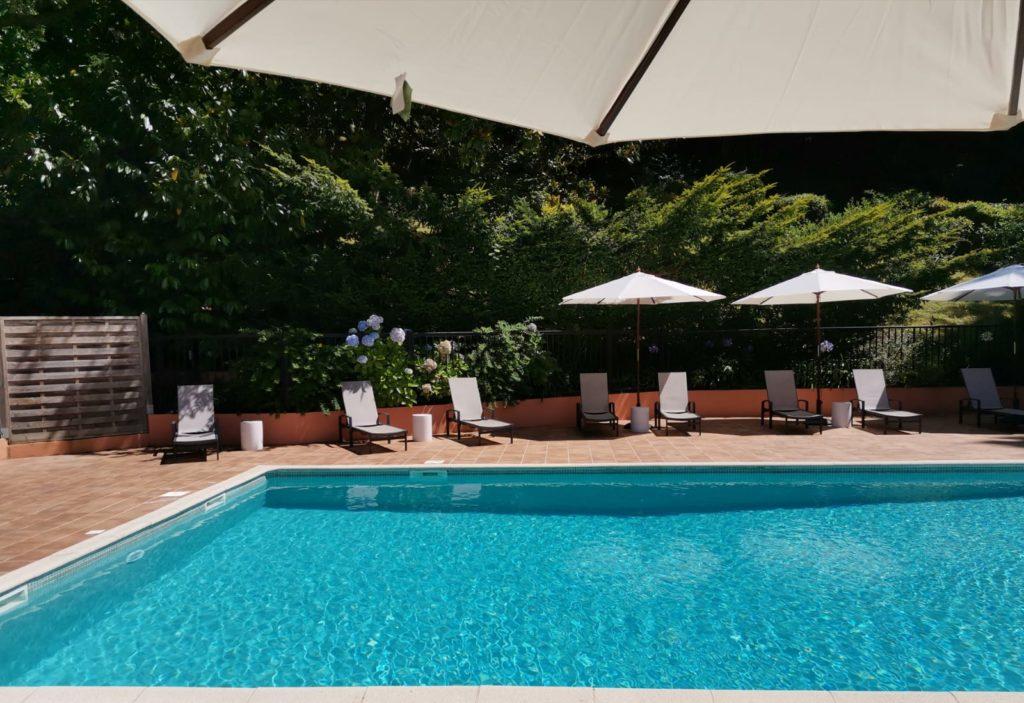 Hotel à Saint Jean de Luz, Le Chantaco, Pays basque, côte basque, piscine et lounge